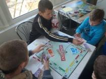 Turniej gier stolikowych – monopol i bingo